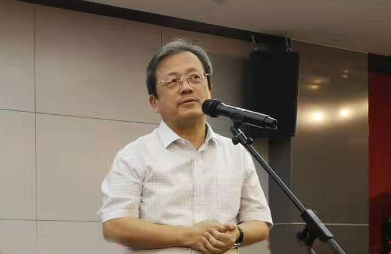 1 中国文联副主席、上海美术学院院长冯远致辞.jpg