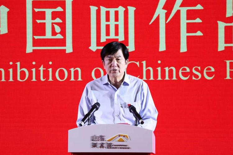 3中国文学艺术界联合会党组书记、副主席、书记处书记李屹在开幕式上讲话并宣布展览开幕.jpg